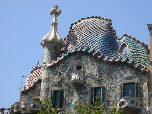 Casa Batll 243 Ceramic Roof Toit En C 233 Ramique De La Casa