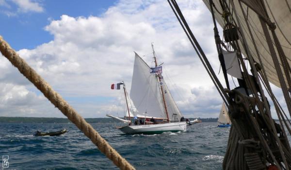 Various ships 1 bateaux divers 1 brest 2012 sophie s for Petit bateau brest siam