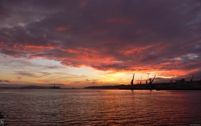 sunset behind the arsenal – 2880×1800 desktop wallpaper - coucher de